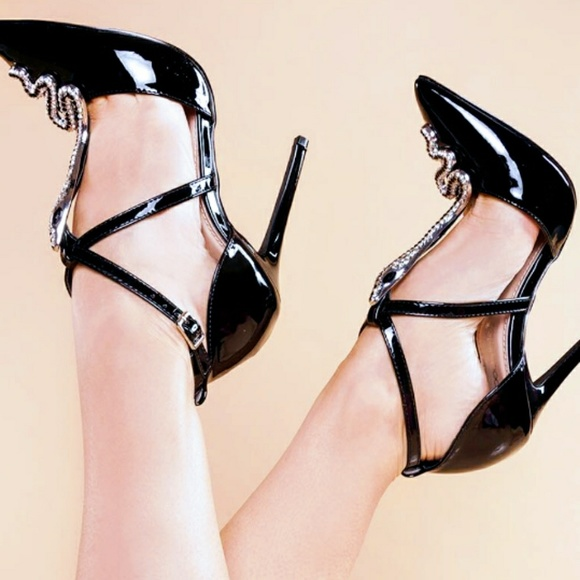 Shoe Dazzle Shoes - Snake black silver pointy Pumps heels size 8
